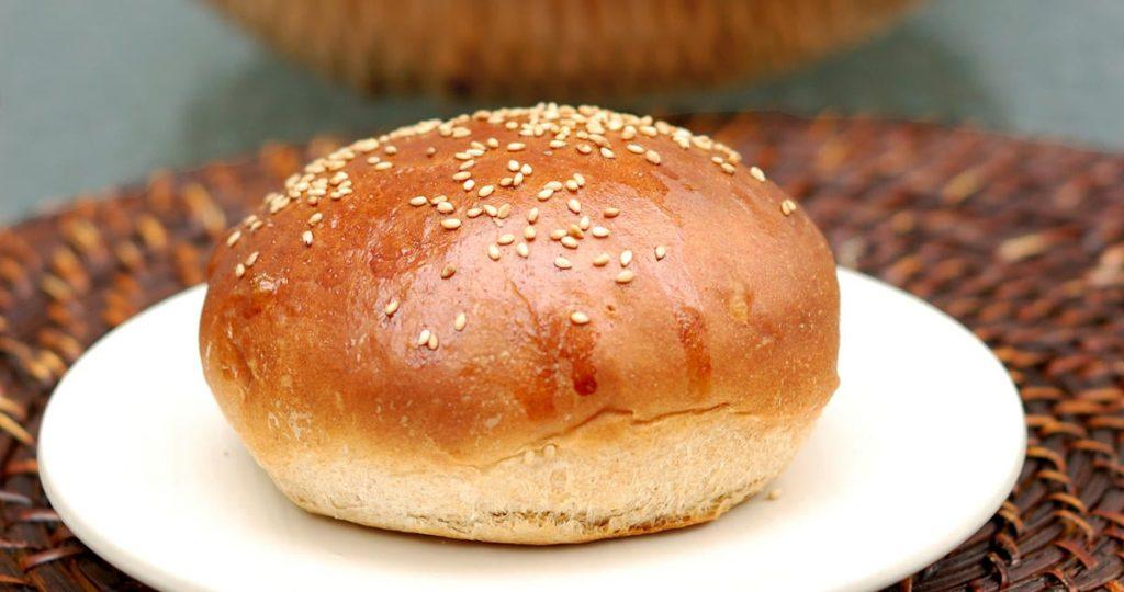 Whole wheat bun